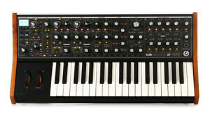 Moog-Subsequent-37-Key-Analog-Synthesizer-Mono-amp-Duo-Synth-Keyboard-Sub