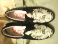 Creative Destruction Clothing Tats Shoes D256-3
