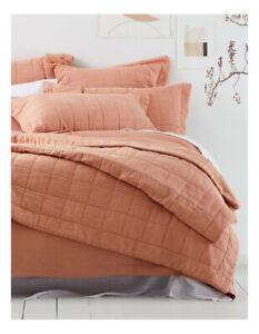 Sheridan-Abbotson-Bed-Cover-in-Tangello