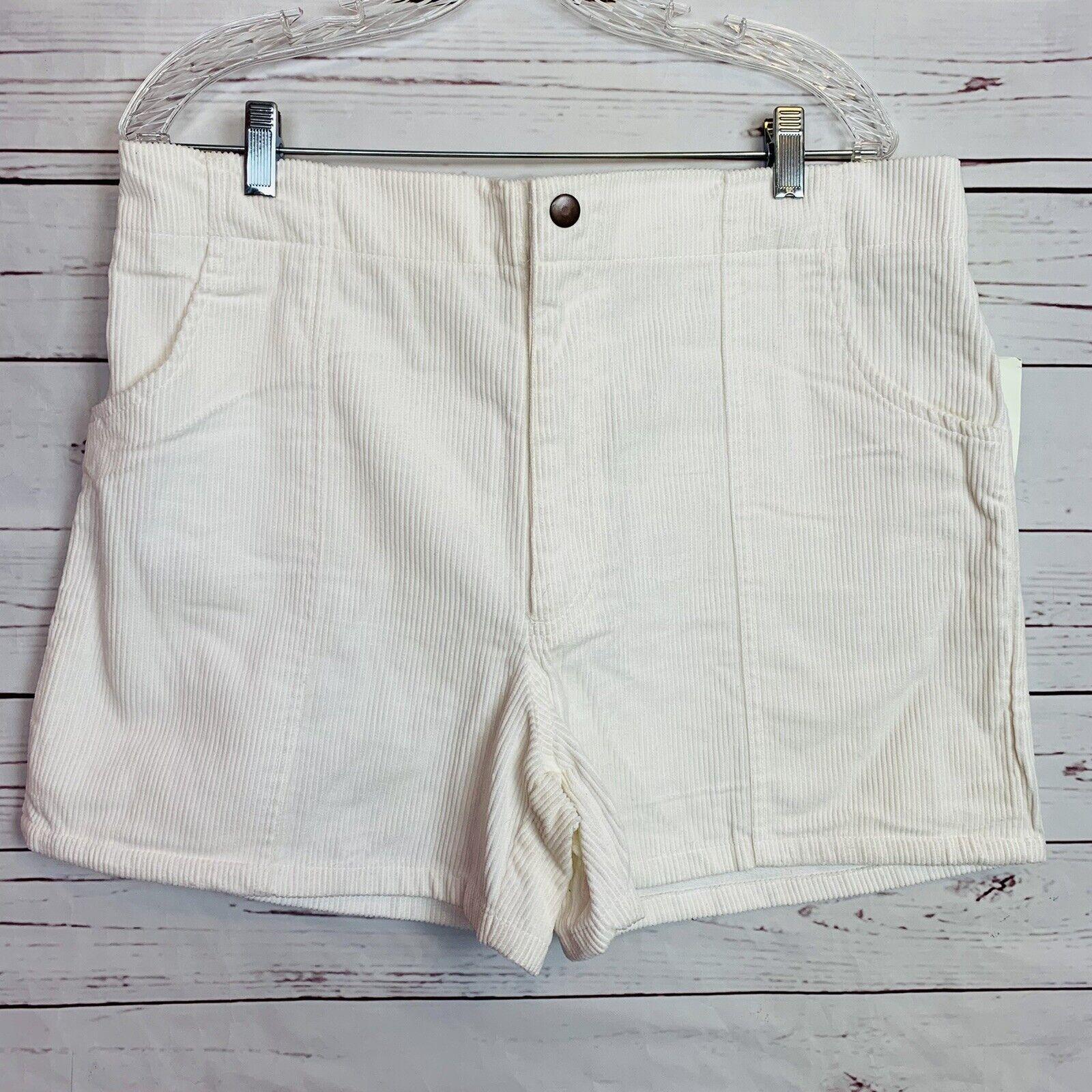 Vintage White Corduroy Classics OP Style shorts size 36/38