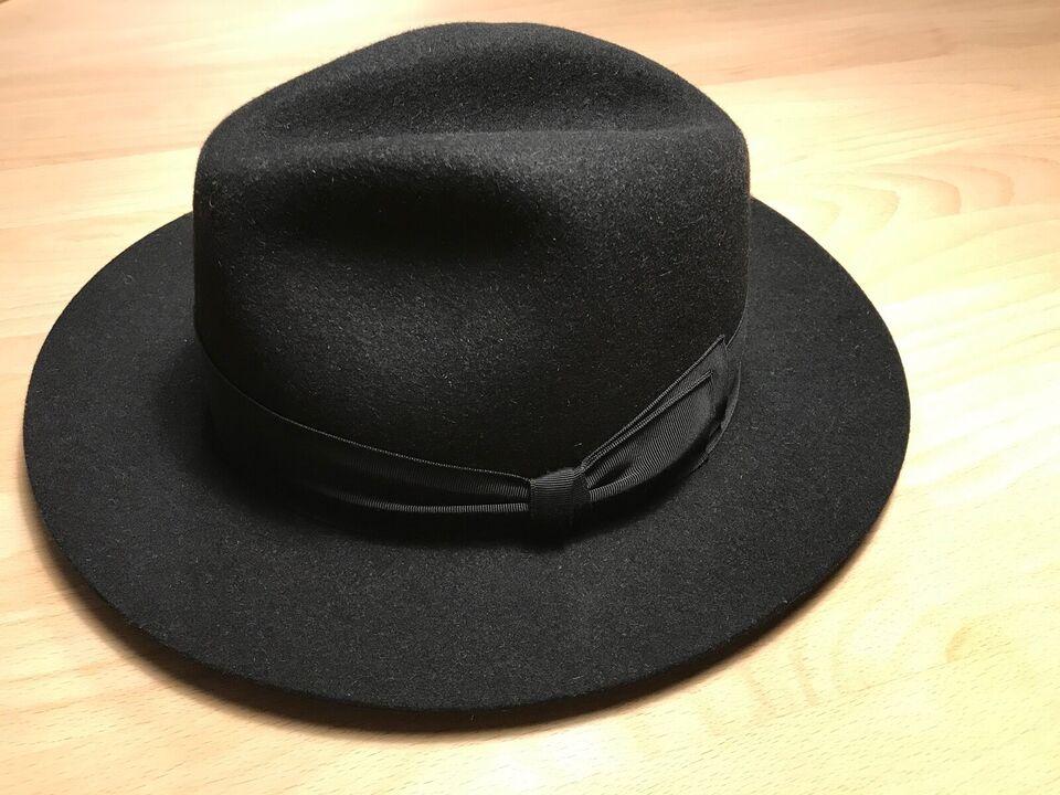 Hat, Bogart, str. 55