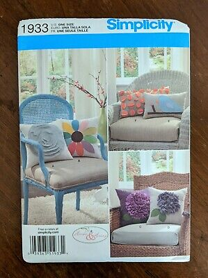 Flowers More Simplicity Pattern 1933 ~ 6 Styles of Pillows in 2 Sizes ~ Birds