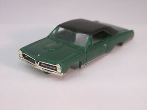 MODEL MOTORING GREEN W/BLACK VINYL TOP '67 GTO SHELL ~ NEW~FITS AURORA TJET