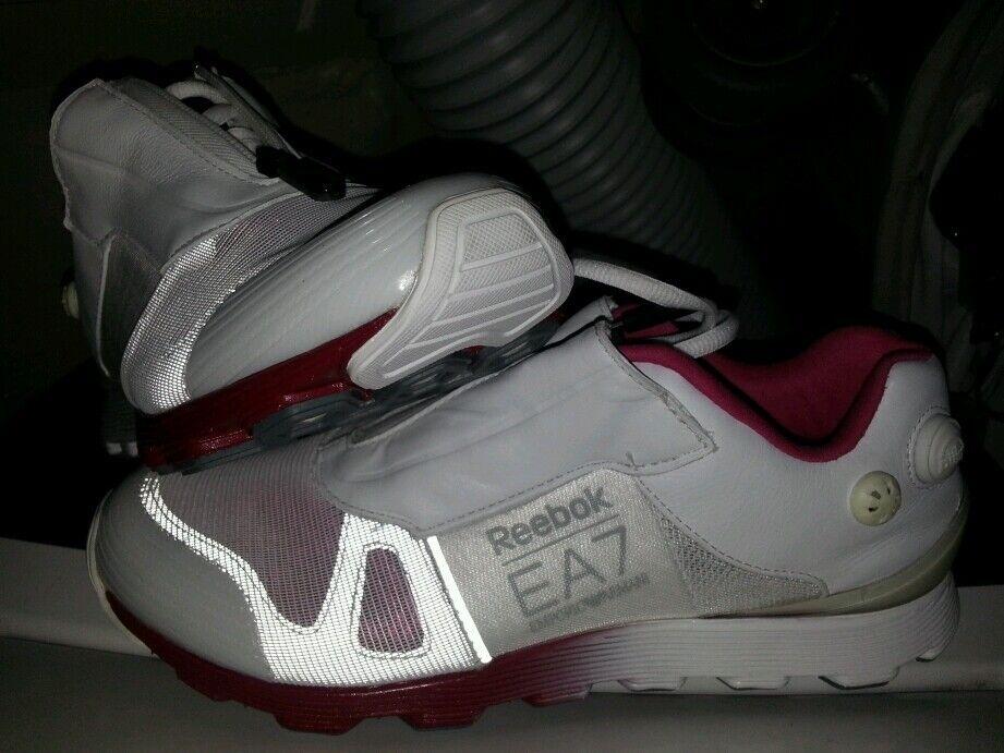 REEBOK The PUMP EMPORIO ARMANI EA7 Damens Running Schuhes Hexalide WEISS Pink