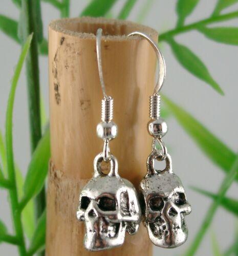 Karabinerhaken Handyanhänger oder Ohrringe Charm TOTENKOPF 3D Altsilber mit Öse