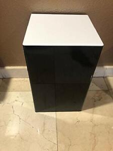 Acrylic-Display-Art-Sculpture-Stand-Pedestal-Black-amp-White-top-12-034-x-12-034-x-19-034-h