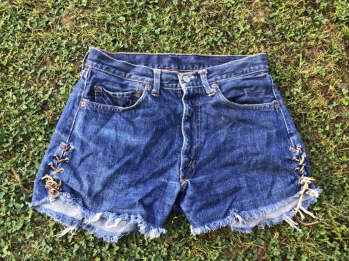 Vintage Big E Levis Shorts Waist 28 Redlines