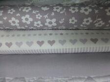 Fat Quarter Bundle Grey White Cotton Craft Quilting CUORI FIORI
