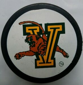 UCONN-UNIVERSITY-OF-VERMONT-RARE-OFFICIAL-HOCKEY-PUCK-MADE-IN-CZECH-REPUBLIC