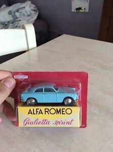 Modellino Die Cast HACHETTE Mercury Alfa Romeo Giulietta N° 17 Verde 1//43 Nuovo