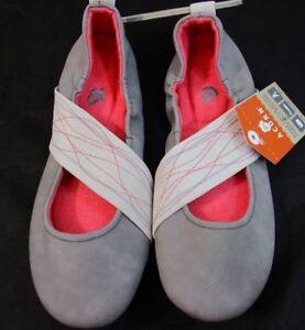 Acorn-Women-039-s-vIA-WRAP-Mary-Jane-shoe-slipper-New-With-tag-sz-8