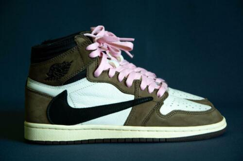Sneakers Jordan 1 Retro High Travis Scott