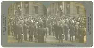 New-York-City-CURB-BROKERS-ON-BROAD-STREET-Stereoview-stnyc21