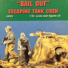 "Jaguar Models - 1/35 ""Bail Out"" Escaping tank crew"" (3 Resin figures) -63003"