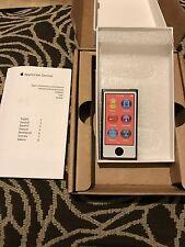 Apple iPod Nano 7th generazione Ardesia (16 GB) (Mid 2015 Versione) Nuovo di Zecca