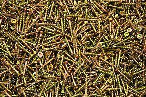 1000-Torx-T20-Star-Flat-Head-8-x-1-1-4-Yellow-Zinc-Type-17-Outdoor-Wood-Screw