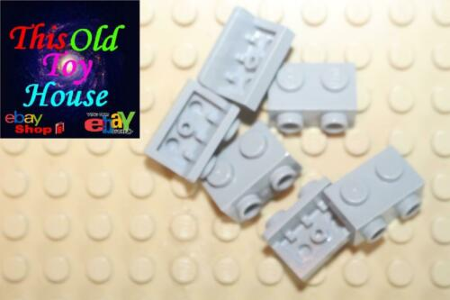 LEGO 99781 ANGULAR PLATE 1,5 TOP 1X2 1//2 CHOICE OF COLOR PRE-OWNED