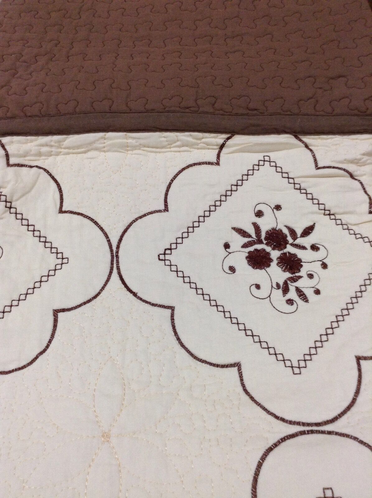 100% Cotton Beige Brown 3pcs. Embroidery King Quilt w  2 Pillow Shams Bedspread