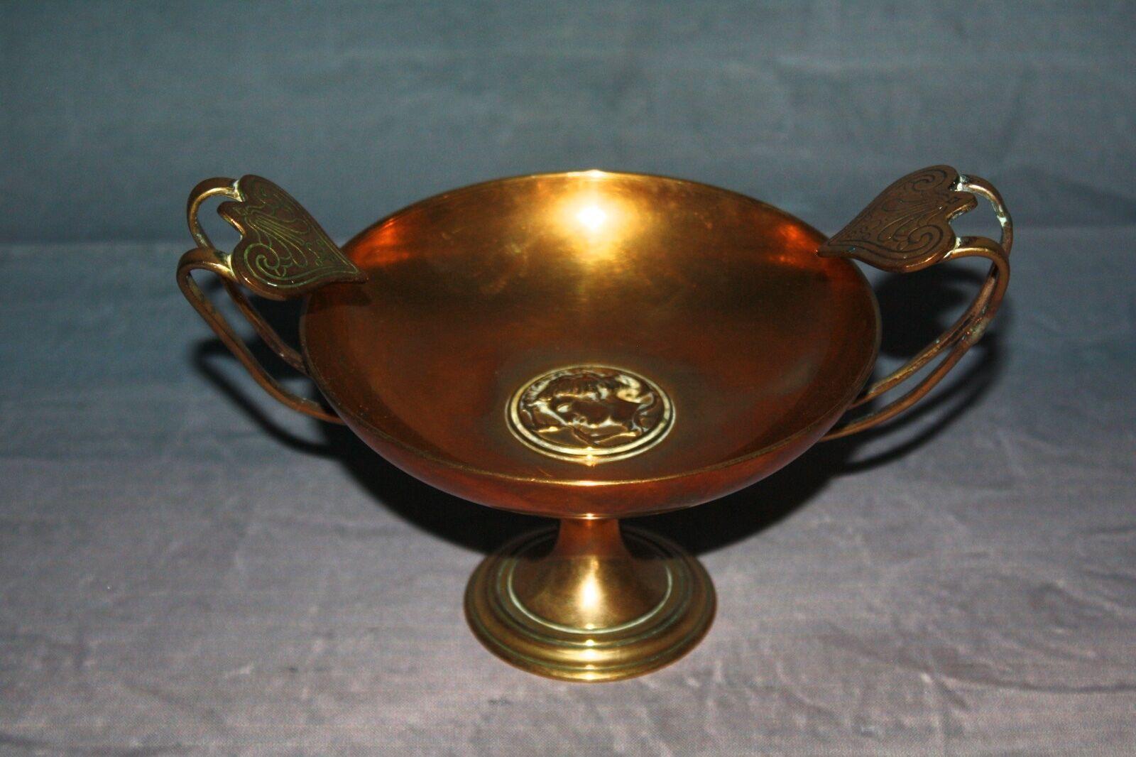 Coupe poche / vide poche Coupe piédouche en bronze dorée signée F.Barbedienne 21d40d