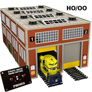 HO-MODERN-ENGINE-HOUSE-W-MOTORIZED-DOORS-see-video