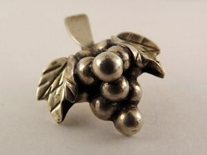 Sterling-Silver-925-Grape-Leaf-Pin-With-Grapes-Fine