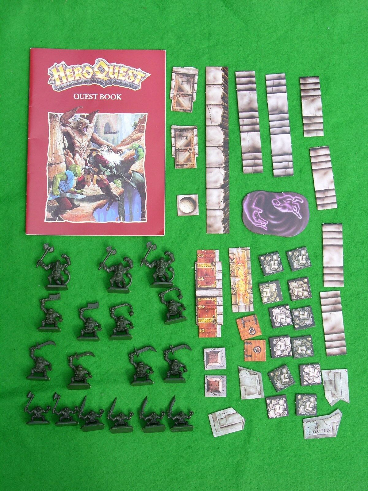 MB HEROQUEST  EXPANSION BOX SET, KELLER'S KEEP, NO BOX,