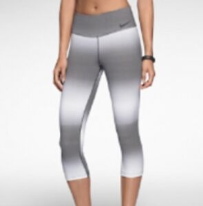 e41cc717d3b46e Nike Legend Horizon Capri Medium M Gray White Stripe Ombre Crop ...