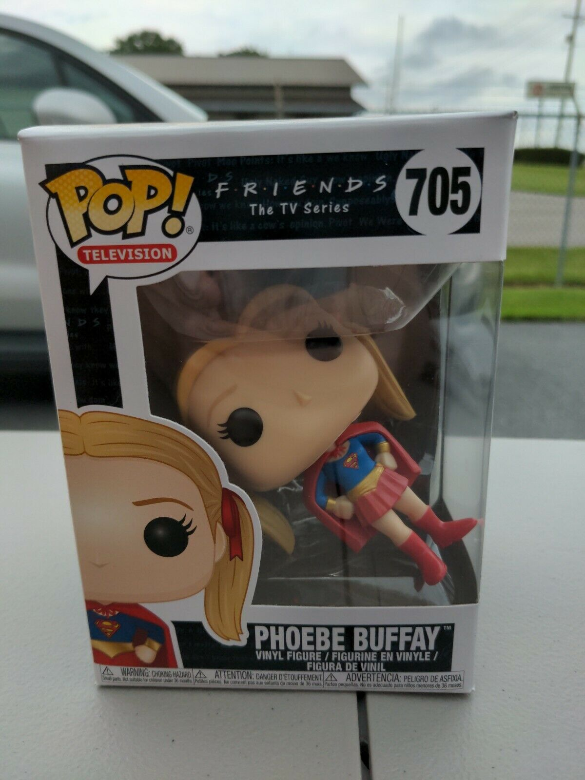 Funko Pop - Television 705 - Friends - Phoebe Buffay as Supergirl - Mint