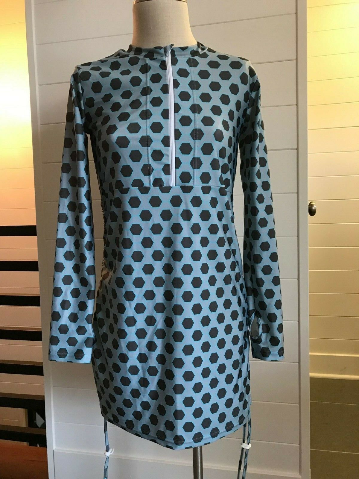 Ladies SwimZip Swimsuit Swim Dress Coverup Medium Long Sleeves UPF 50+ EUC