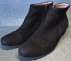ECCO BLACK SHOES LOW CUT BOOTS MADE IN