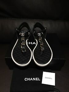 bfb3a4fcfabc78  1075 CHANEL CC Classic Black Quilted Leather Metal Chain Thongs ...