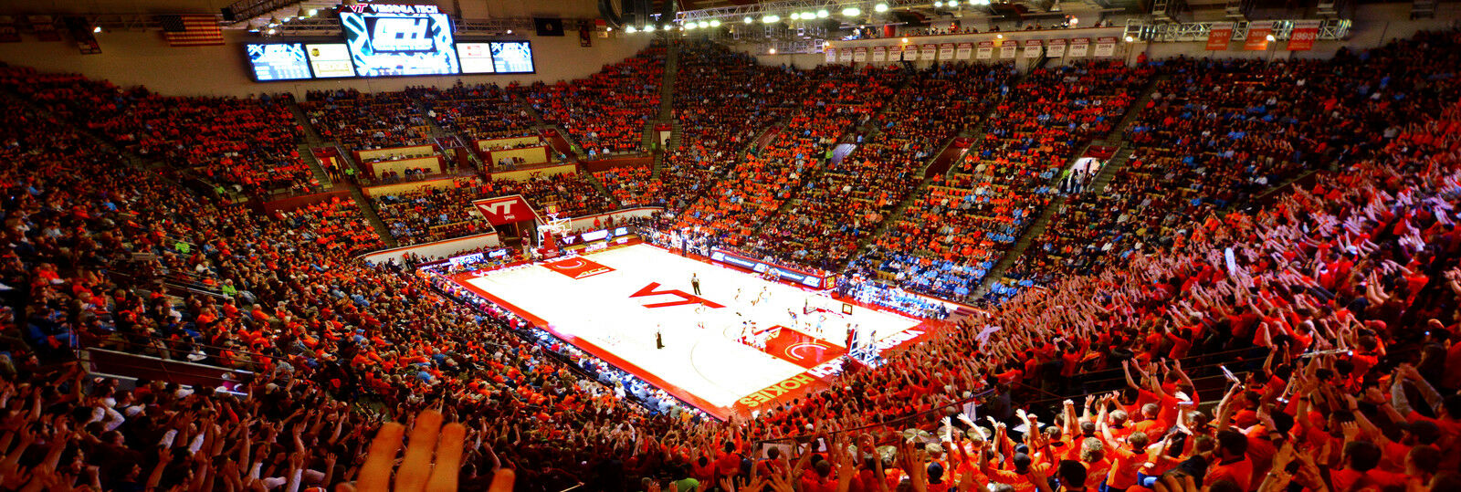 Clemson Tigers at Virginia Tech Hokies Basketball