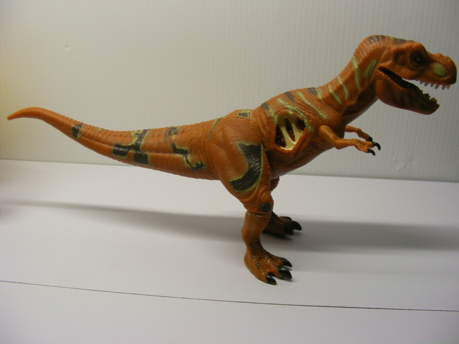 Jurassic Park site B B B  Young 14in long T-Rex JP22 TYRANNOSAURUS REX,  Kenner 1993 76e57a