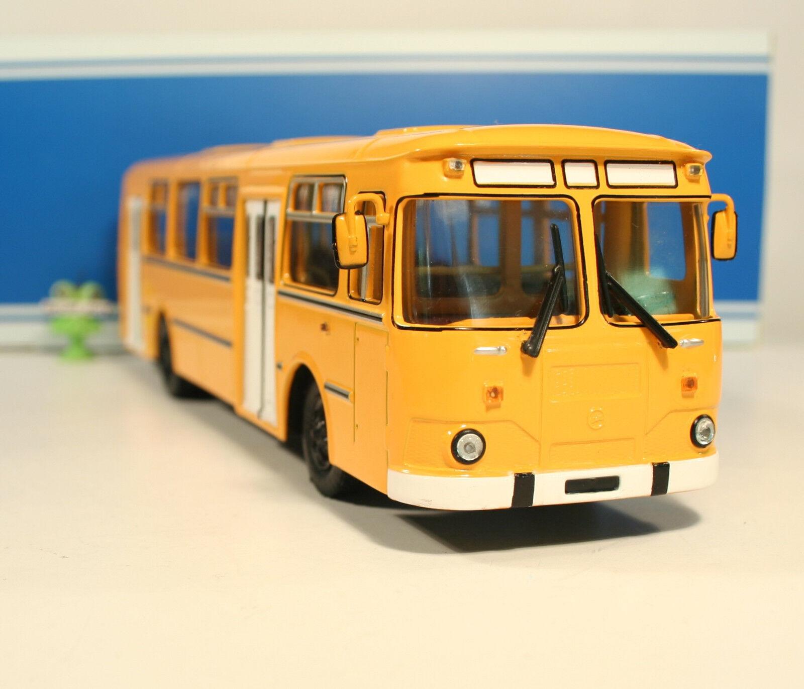 1 43 LIAZ 677m ciudad líneas city bus USSR URSS rda urss Russian Soviet