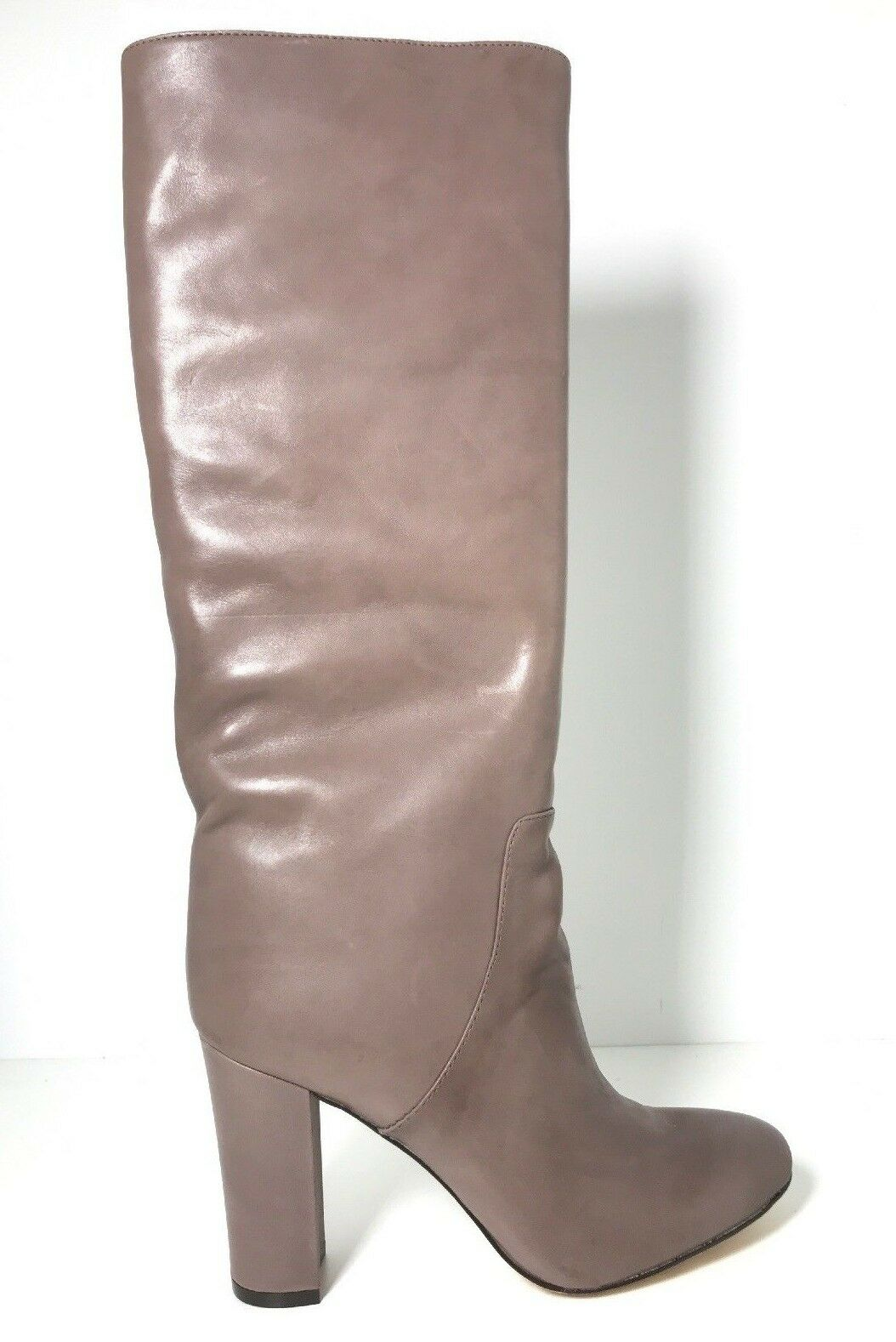 Nw Vince Camuto VC Signature Tiona Taupe Topo Dutch Leather Boots  450 Wide Calf
