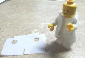 x2 WHITE Lego minifig Lab Coat custom Doctor Nurse 21110 Research Hulk Bruce
