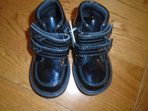 NWT M/&S toddler girl black patent shoes//boots Ankle support Size 6. 1//2