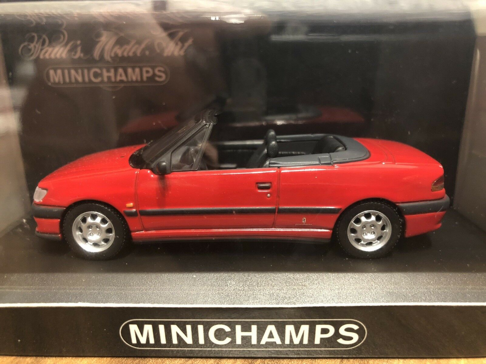 PEUGEOT 306 Cabriolet (1995) - MINICHAMPS - 1 43 - Rouge