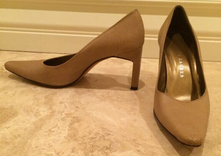 RALPH LAUREN Collection Tan Beige Leather Snake Print Pumps WORN ONCE 7.5B