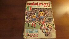 ALBUM FIGURINE PANINI CALCIATORI 1976/77 CON CIRCA 390 FIGURINE TRA CUI SCUDETTI