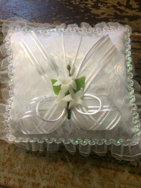 LACE FLOWER GIRL BASKET//RING PILLOW WITH HEART EMBELLISHMENTS