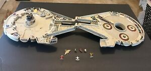 1995-Lewis-Galoob-Toys-MicroMachines-Space-Star-Wars-Millennium-Falcon-Playset