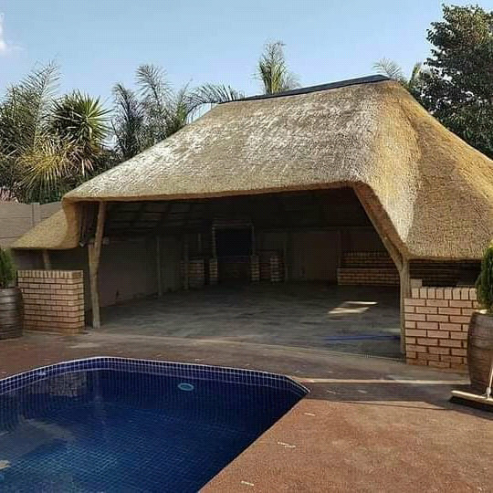 Thatch Experts 0737322227 and Waterproofing