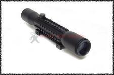Cannocchiale CS12 4X32 per carabina possibilità di montaggio torcia e laser