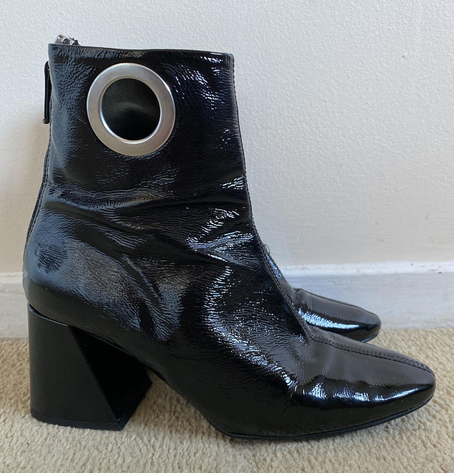 Topshop Size 7 / EUR 40 Black Faux Leather Circle Cut Out 1970s Ankle Boots