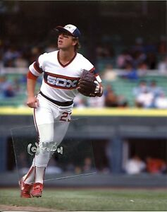 buy online 26635 9c6c1 Details about TIM HULETT in action 1983 Chicago White Sox Photo (c)