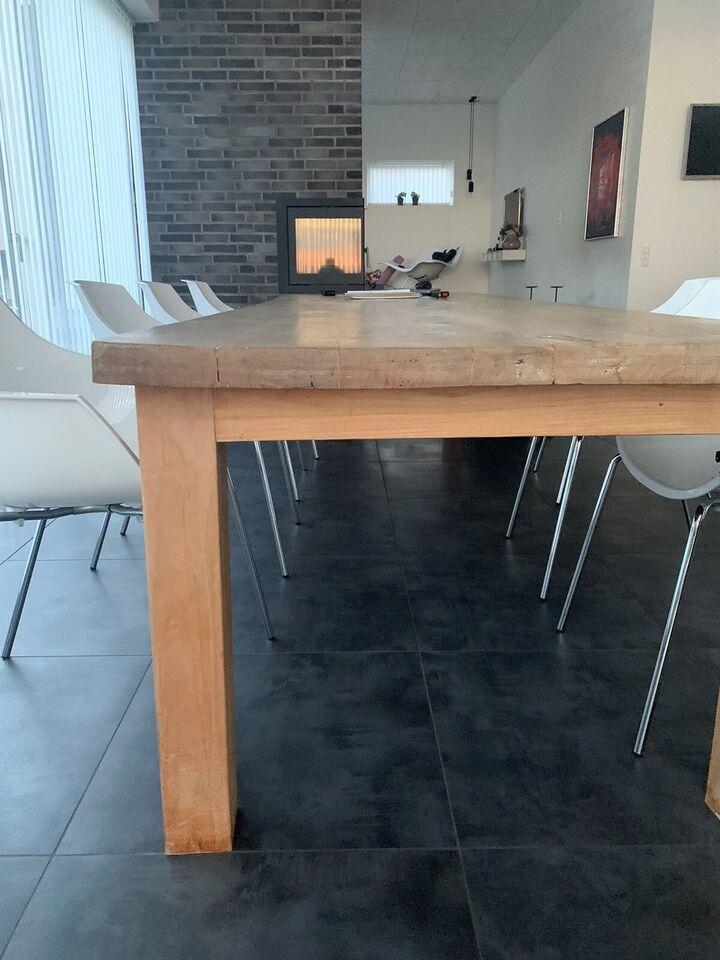 Spisebord, Ubehandlet genbrugstræ /hårdt træ, Muubs
