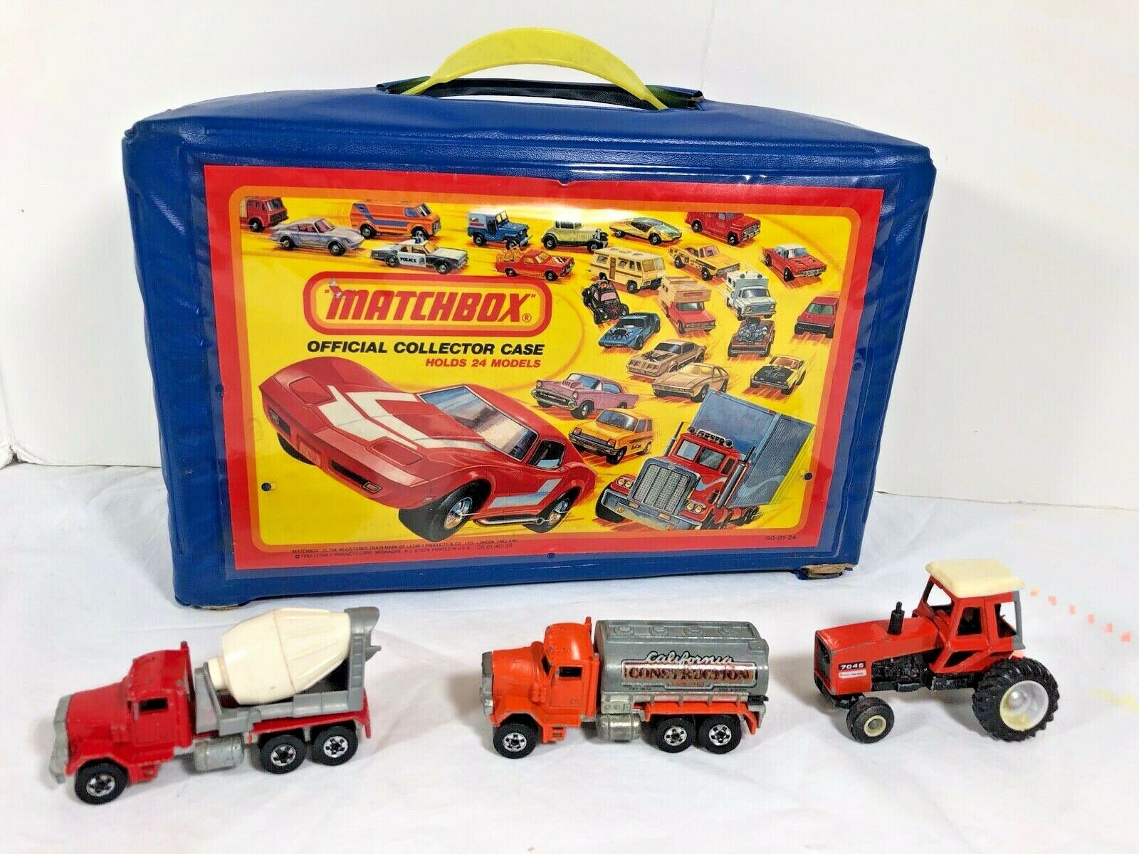 21 Hot Wheels   Matchbox vehicle 1970s collection & 1980 Official Collector Case