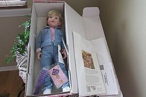 Magic Attic Club Doll Allison 18 Quot Blonde Complete New In