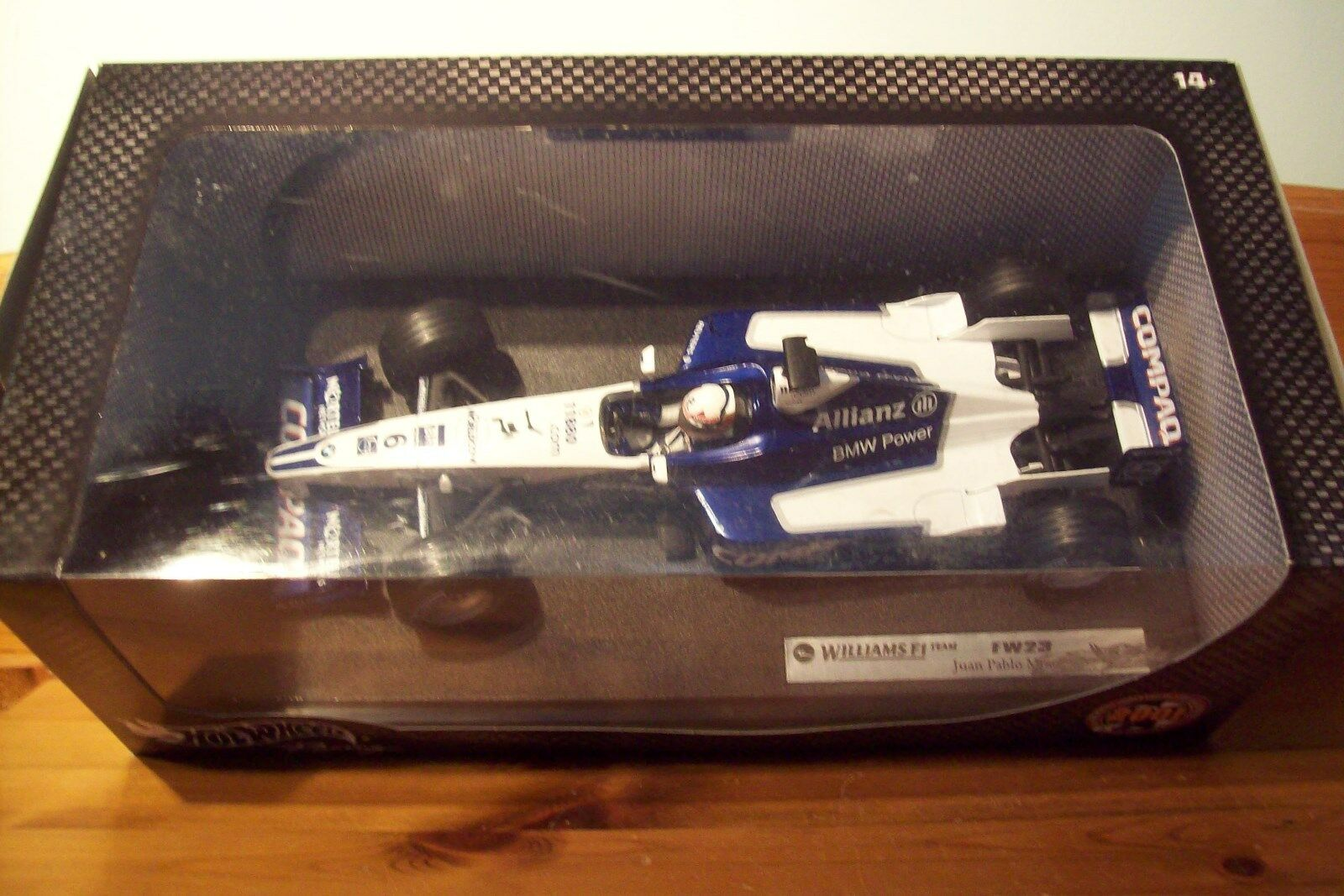 1 18 WILLIAMS F1 BMW FW23 JUAN PABLO MONTOYA 2001 LAUNC